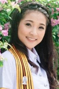 นางสาววิราภรณ์ จูมดอก (ครูวาว) <br />วิชาภาษาไทย